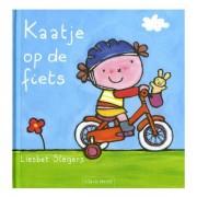 Lobbes Kaatje op de fiets
