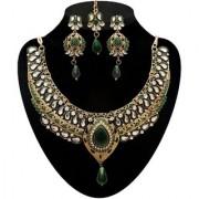 Kriaa by JewelMaze Zinc Alloy Gold Plated Green Austrian Stone Kundan Necklace Set With Maang tikka-AAA0549