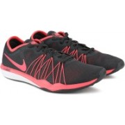 Nike WMNS NIKE DUAL FUSION TR HIT Running Shoe For Women(Black, Pink)