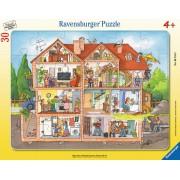 PUZZLE INAUNTRUL CASEI, 30 PIESE - RAVENSBURGER (RVSPC06154)