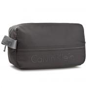 Smink táskák CALVIN KLEIN BLACK LABEL - Matthew 2.0 Washbag K50K503706 001