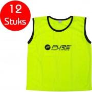 Pure2Improve - 12 stuks - voetbal hesjes - geel - maat senior - trainings hesjes - voetbal hesje - trainingshesjes