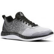 REEBOK RBK PRINT RUN PRIME ULTK Running Shoes For Men(Black)