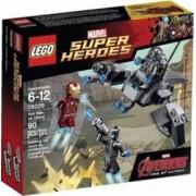 Set de constructie Lego Iron Man vs. Ultron