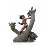DC DIRECT Wonder Woman Vs Hydra Mini Patina Statue Statua