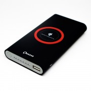 Quazar Qi 8000 mAh hordozható vezeték nélküli powerbank, fekete