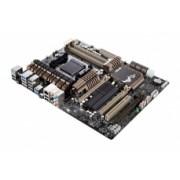 Tarjeta Madre ASUS ATX SABERTOOTH 990FX R2.0, S-AM3+, AMD 990FX, USB 2.0/3.0, 32GB DDR3, para AMD