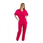Costum medical ciclam cu bluza cu anchior in forma V, trei buzunare aplicate si pantaloni ciclam cu elastic