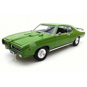 Motor Max 1969 Pontiac GTO Judge, Green - 73133 1/18 Scale Diecast Model Toy Car