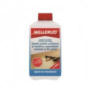 Soluție pentru curățarea suprafețelor laminate și din plută