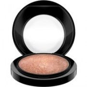 M·A·C Mineralize Skinfinish - highlighter