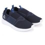 REEBOK WHIZZ SLIP ON Slip-On Sneakers For Men(Blue)