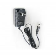 Fuente Switching Plastica Gralf 9v 2.5a Plug Intercamb 2.1mm