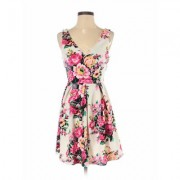 Lush Casual Dress - A-Line: Pink Floral Dresses - Used - Size Small