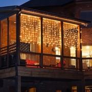 Karácsonyi kültéri fényfüggöny