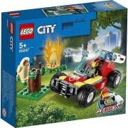 LEGO® City Incendiu in padure (60247)