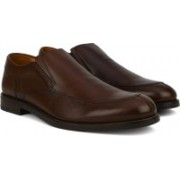 Clarks Coling Step Walnut Leather Slip On For Men(Brown)