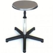 sgabello fisso con sedile in acciaio e base in plastica - seduta ø28/5