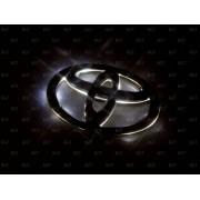 Эмблема со светодиодной подсветкой Toyota красного белого цвета «138x94»