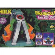 The Incredible Hulk: Break-Out Steel Body Trap Action Playset with 5: Action Figure