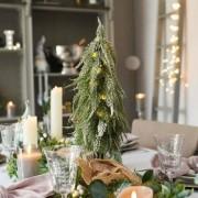 Elemes asztali havas műfenyő világítással 50 cm