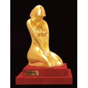 """Ръчно изработена статуетка с 22 карата златно покритие """"Модерно - тяло на жена"""" (A067)"""