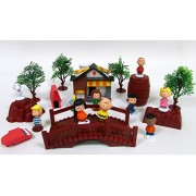 Peanuts CHARLIE BROWN and Friends Play Set Featuring Snoopy and Gang Character Figures and Themed Accessories