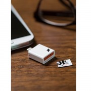 Leef Access Mobile SD Card Reader Android - четец за microSD карти за мобилни устройства с MicroUSB (бял)