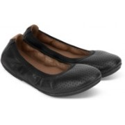 Clarks Un Tract Black Leather Bellies For Women(Black)