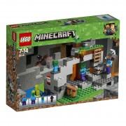 Lego Minecraft (21141). La caverna dello Zombie
