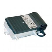 Triax GHV 520 erõsítõ 20 dB, 47-1006Mhz szintszabályzó