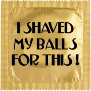 Shaved my balls for this kondom