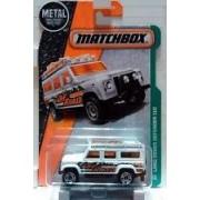 Matchbox Set of 2 - Land Rover Defender 110 Off Road + Swamp Tours