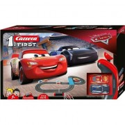 Pista circuit 2,9 m Fulger McQueen si Jackson Storm Cars 3 Carrera First
