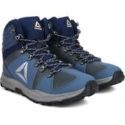 REEBOK OUTDOOR VOYAGER MID Outdoor Shoes For Men(Navy)