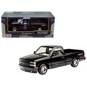 1992 Chevrolet Pickup SS 454 Black 1/24 Diecast Car Model by Motormax