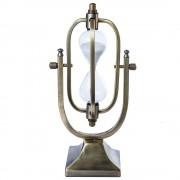 Clepsidra mica, pe suport de metal, cu design vintage