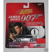 Johnny Lightning James Bond 007 '99 BMW Z8 (The World Is Not Enough)