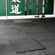 Dale din cauciuc pentru sali de sport 100x100x1.5 cm.