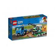 Set de constructie LEGO City Transportor de seceratoare