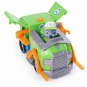 Patrula Catelusilor - Figurina si autovehicul remorcherul lui Rocky