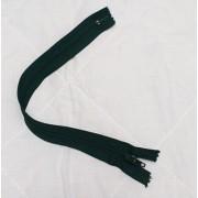 RTOműanyag zárt végű cipzár sötétzöld 25cm/017/Cikksz:150116