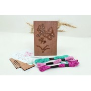 Goblen FLUTURAS kit de cusut pe placa din lemn mahon