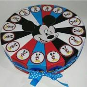 Miki Maus torta od kartona