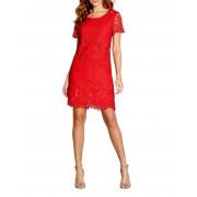 1 Robe en dentelle rouge