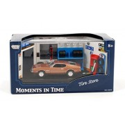 Motormax Diorama: Tire Store with 1971 Ford Mustang 1:64 Scale