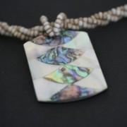 Colar de Pedra Abalone Colorido 503