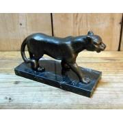 Puma szobor