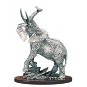 Статуэтка Слон на камнях