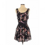 Mink Pink Casual Dress - A-Line: Black Floral Dresses - Used - Size Small